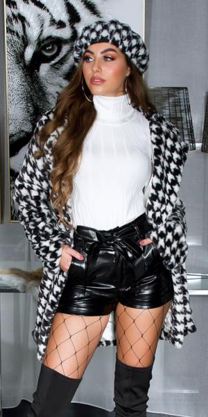 Sexy High Waist Leatherlook Shorts + Belt Lined