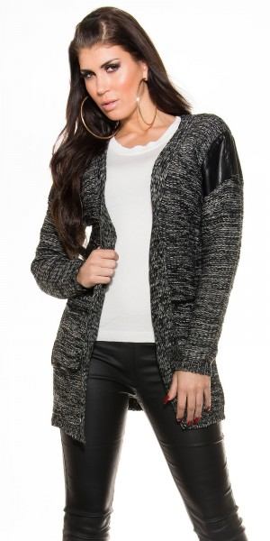 Trendy Grobstrickjacke mit Lederlookaplikationen